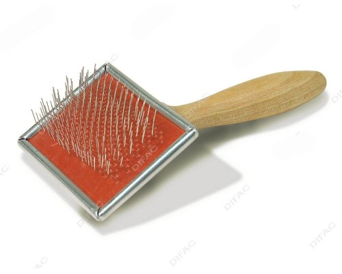 Brosse pour chat persan